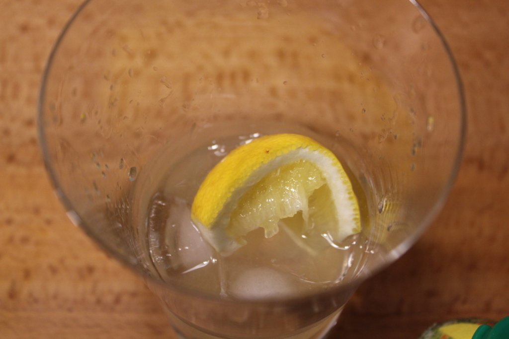 まんこい レモンサワー レモン投入