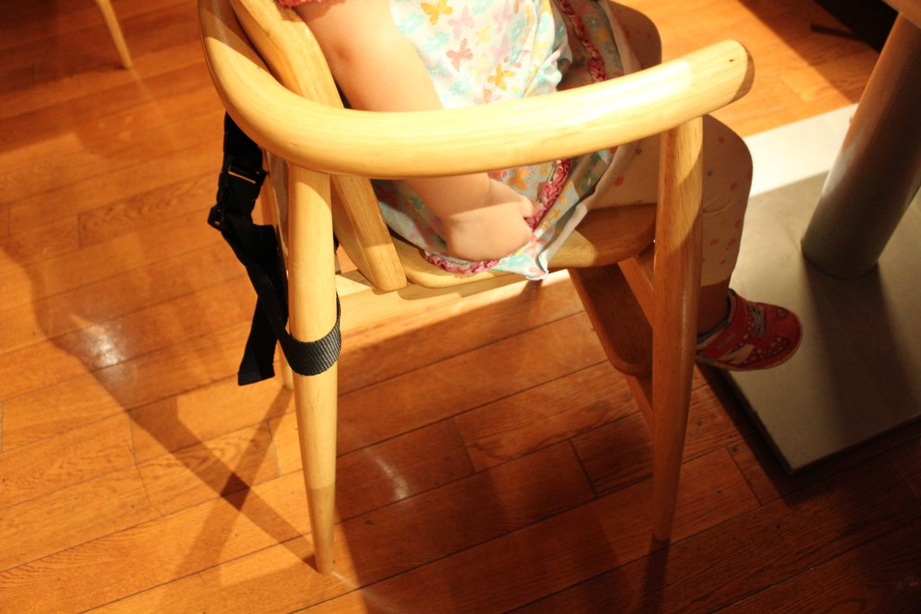 子ども用の椅子