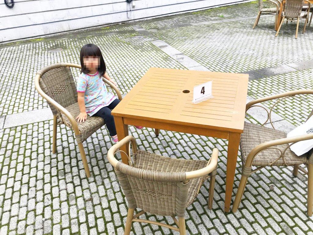 丸山珈琲のテラス席